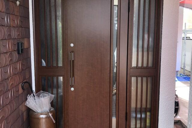 ドアの交換工事が完了しました!